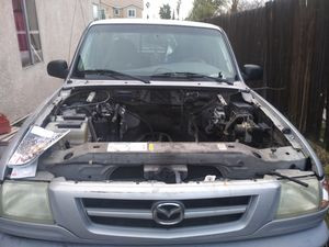 Mazda v400 partes for Sale in San Bernardino, CA