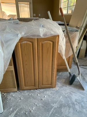 Kitchen cabinets for Sale in City of Industry, CA
