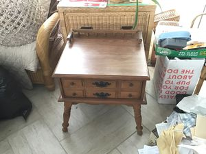 End table for Sale in Lavallette, NJ