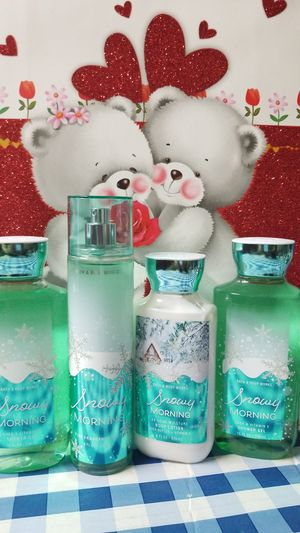 BATH AND BODY WORKS- SNOWY MORNING SET for Sale in Stanton, CA