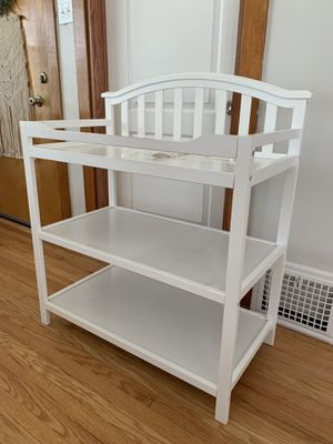 Baby changing table for Sale in Berwyn, IL