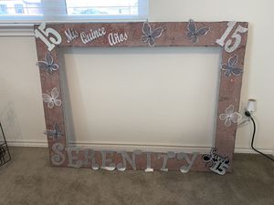 Quince picture frame READ DESCRIPTION for Sale in Converse, TX