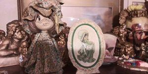 Vintage paper doll and plaque. Antique for Sale in Greenville, SC