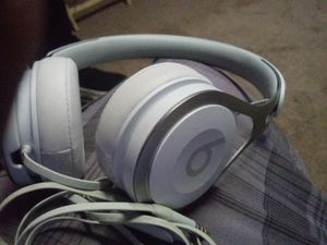 Apple Beats Solo 3 for Sale in Hanford, CA