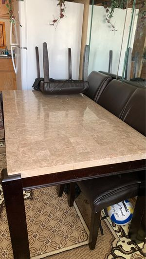 Dinning table for Sale in Las Vegas, NV
