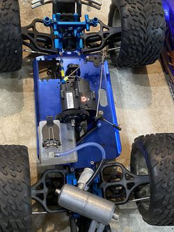 Gas powered RC Cars Parts for Sale in Redmond,  WA