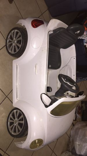 VW Beetle Power Wheels 6 Volts for Sale in San Antonio, TX