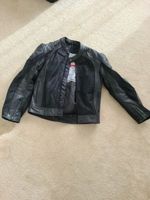 BILT to ride motorcycle leather jacket like new for Sale in Austin, TX