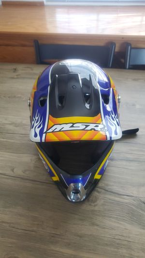 MSR ADULT M DIRT BIKE HELMET for Sale in Buena Park, CA