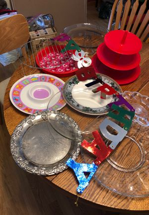 1 lot of 9 serving plates for Sale in North Liberty, IA