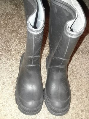 Kids rain boots size 11 toddler for Sale in Austell, GA