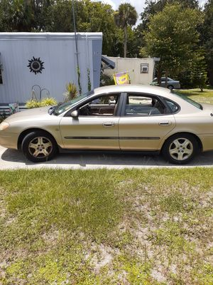 2001 ford Taurus. for Sale in Edgewater, FL