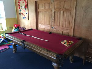 8 foot Pool Table for Sale in Houston, TX