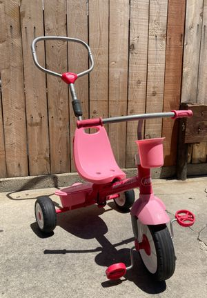 Radio Flyer tricycle Pink for Sale in Pasadena, CA
