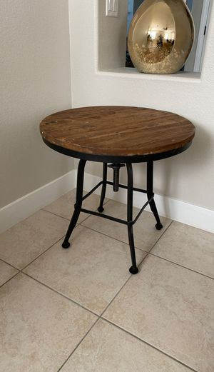 Pottery barn table for Sale in Henderson, NV