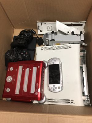Video game parts lot for Sale in Chicago, IL