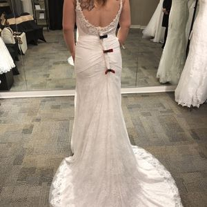 Size 12 Wedding Dress for Sale in Lakewood, WA