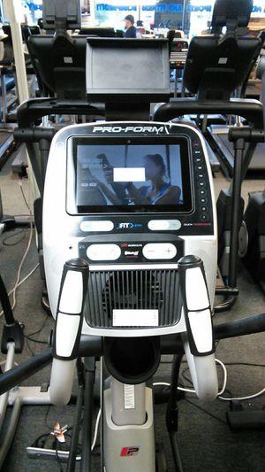 "Proform 1520E elliptical w/ 10.5"" touchscreen for Sale in Glendale, AZ"