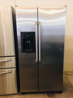 GE refrigerator for Sale in Tampa, FL