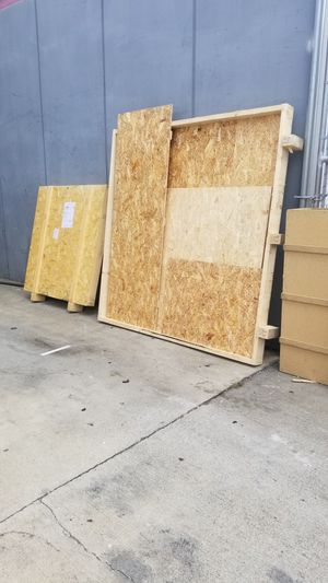 Free wood crates boxes for Sale in Long Beach, CA