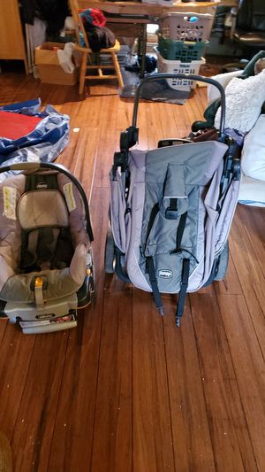 Chico key fit 30 car seat and stroller for Sale in CARPENTERSVLE, IL