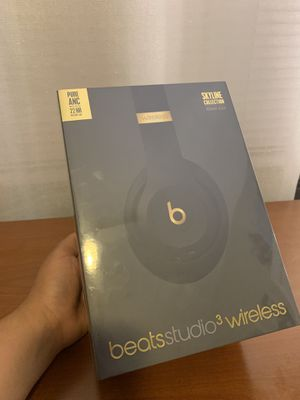 Beats studio 3 wireless Skyline Collection Midnight Black for Sale in Denver, CO