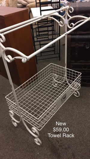 Towel Rack (New) for Sale in Waynesville, MO