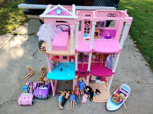 Barbie lot for Sale in Wichita, KS