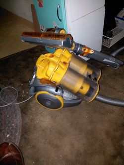 Dyson Telescope Vacuum for Sale in Happy Valley,  OR