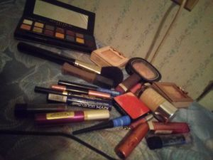 Make-up for Sale in Holdenville, OK