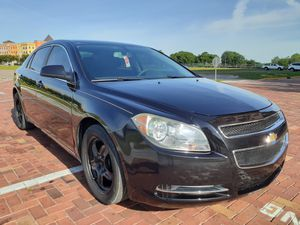 2010 chevy Malibu ~low miles~ excellent condition ~must see!!!!! for Sale in Orlando, FL
