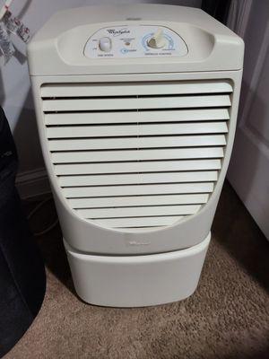 dehumidifier WRILPOOL ad50dsl4 for Sale in Adelphi, MD