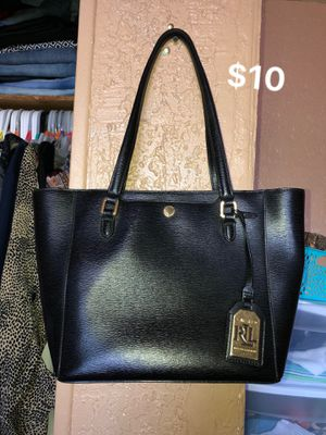Lauren Ralph bag used but in really good conditions like new for Sale in Yuma, AZ
