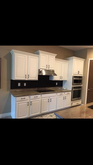 Painting kitchen cabinet paint bathroom cabinet paint house interior exterior good prices for Sale in Phoenix, AZ