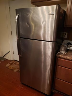 Frigidaire Kitchen Appliance Set. for Sale in St. Louis, MO