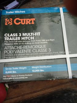 Curt Class 3 Trailer Hitch Set for Sale in Columbus,  OH