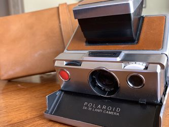 19POLAROID SX-70 ORIGINAL CHROME INSTANT CAMERA for Sale in Corona,  CA
