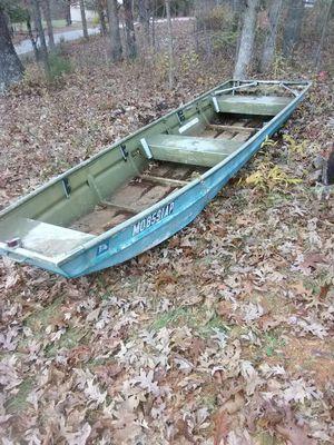 14ft aluminum John boat for Sale in Arnold, MO