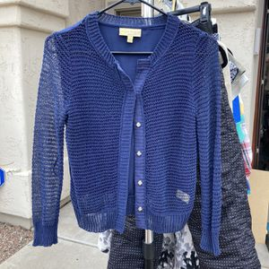Juniors Blue Button Down Cardigan Sweater By Vera Wang Size S for Sale in Phoenix, AZ