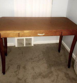 Oak desk table in good condition for Sale in Dearborn, MI