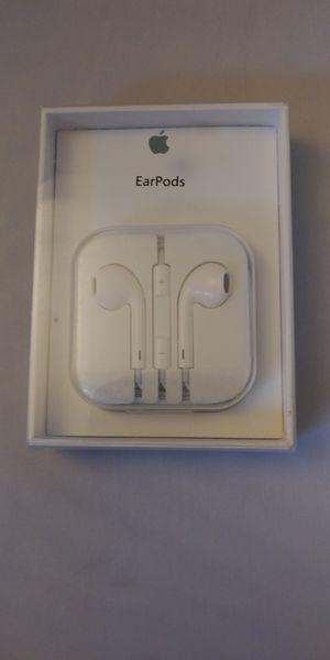 Apple Headphone Earbuds 3.5mm for Sale in Everett, WA