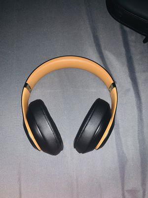 BEATS Studio3 Wireless Headphones for Sale in Warren, MI