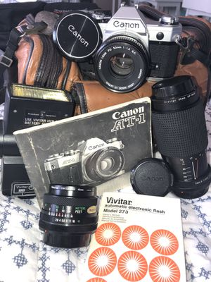 Canon camera with flash and additional lenses for Sale in Laguna Niguel, CA