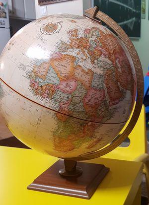WORLD MAP GLOBE 12 INCH for Sale in Santa Clara, CA