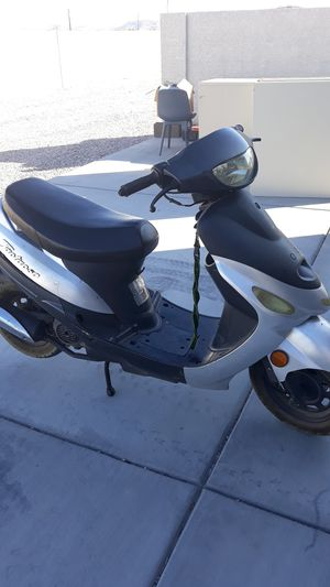 Moped good shep to ride $400 {contact info removed} my number for Sale in Las Vegas, NV