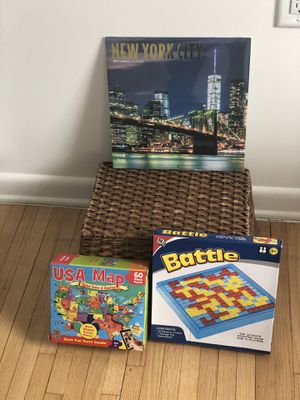 Game puzzle and calendar for Sale in Jersey City, NJ