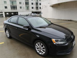 2011 VW Jetta SE 4DR Sedan with Convenience Package for Sale in Virginia Beach, VA