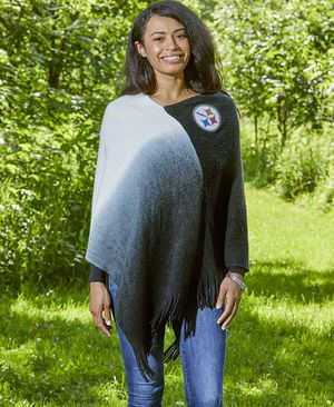 Pittsburgh Steelers Dip Dye Poncho for Sale in Palmdale, CA