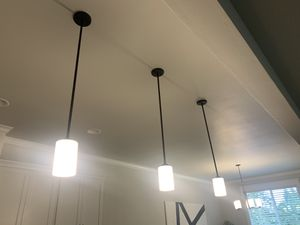 Like new - kitchen island lights, set of 3 for Sale in Portland, OR