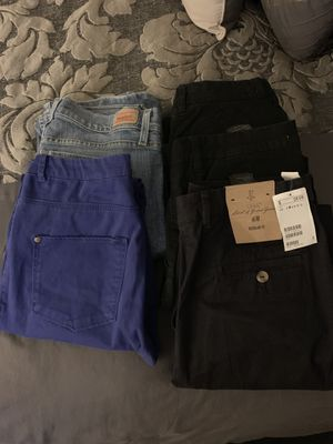 5 pair of pants for Sale in Long Branch, NJ